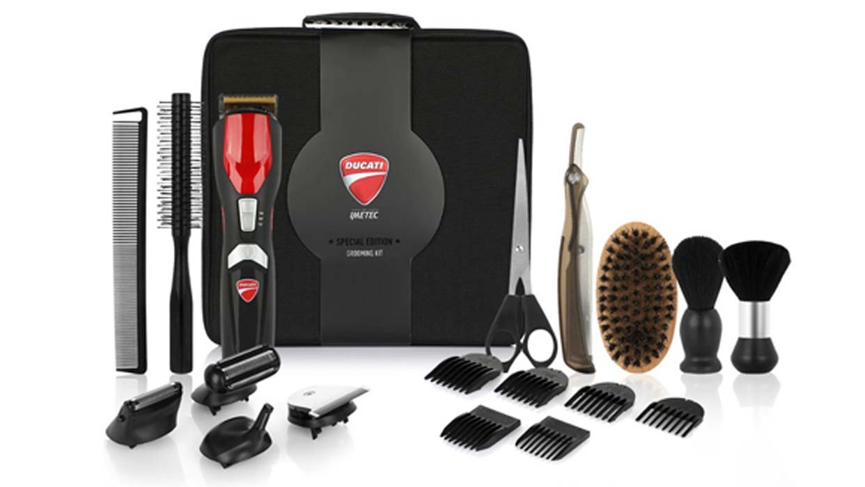 Special Edition GK 818 Race Grooming Kit - 16 pcs