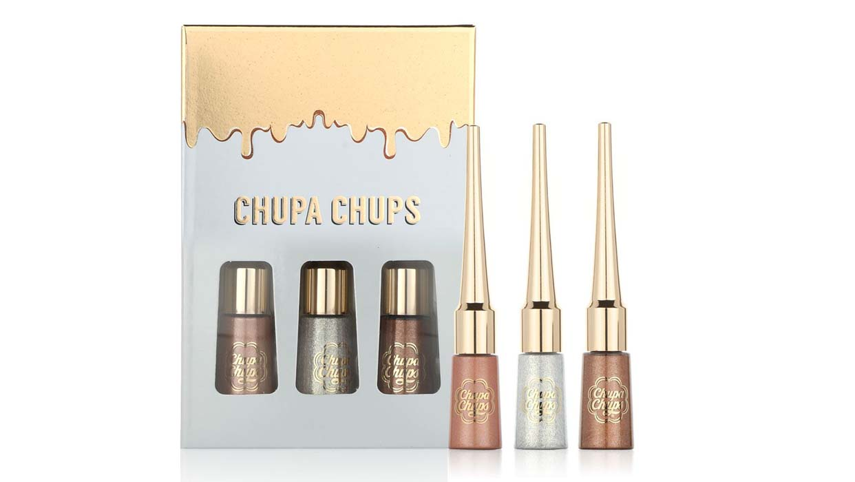 Balqees Coverage on Chupa Chups Bling Eyes Holiday Kit