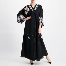 Embroidered Flowers Abaya - Black