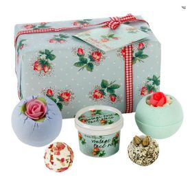 Bomb Cosmetics Petal Perfect Gift Pack
