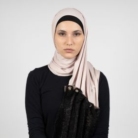Diamokwt - Black and Beige Hijab