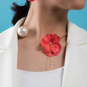 Crystal Touch - Necklace Coral Red Flower